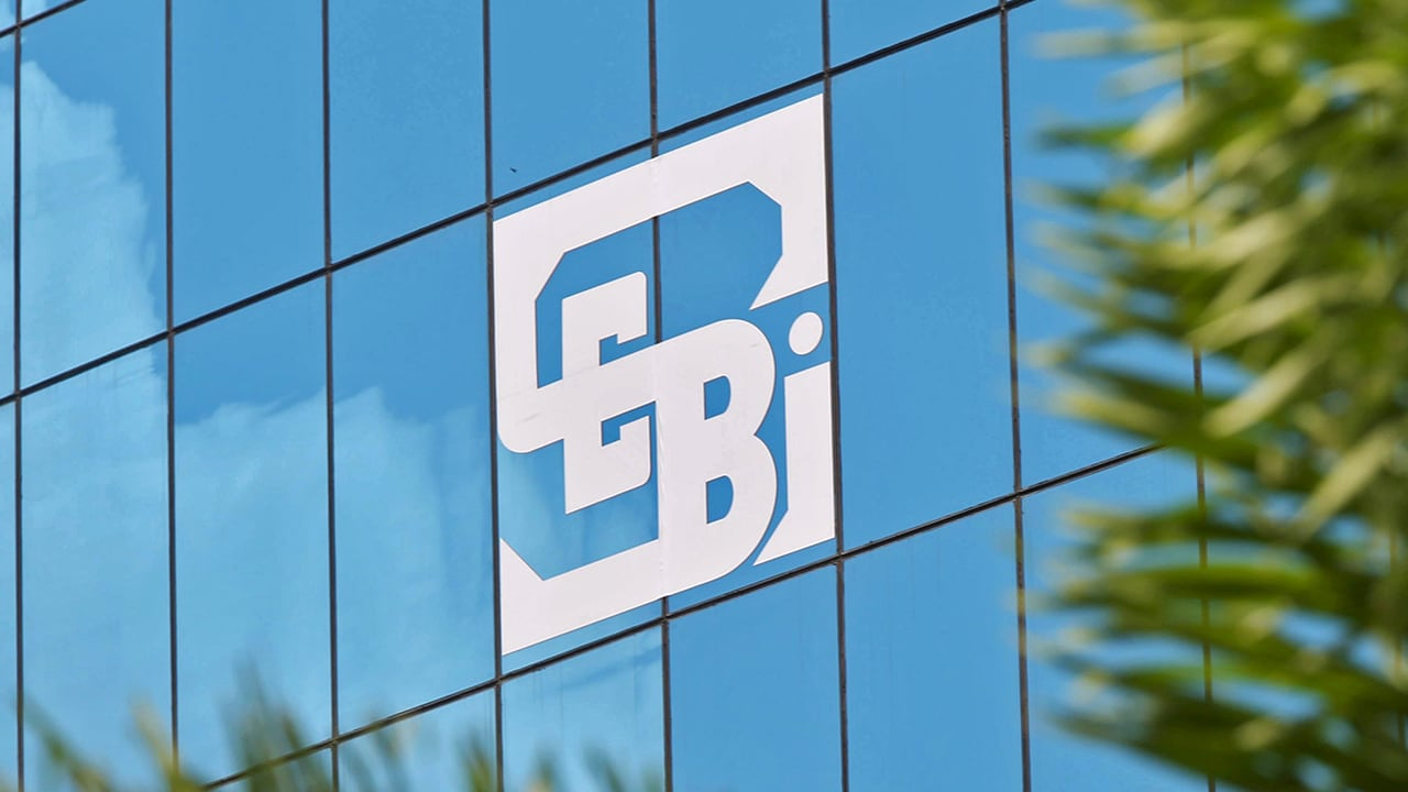 Coronavirus Outbreak: SEBI eases compliance requirements for stock brokers, mutual funds; says closely... thumbnail