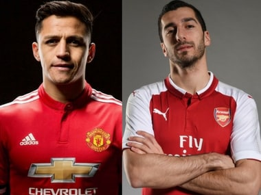 Alexis Sanchez (L) joined Manchester United while Henrikh Mkhitaryan (R) signed for Arsenal. Image Courtesy: Twitter/@ManUtd, Twitter/@Arsenal