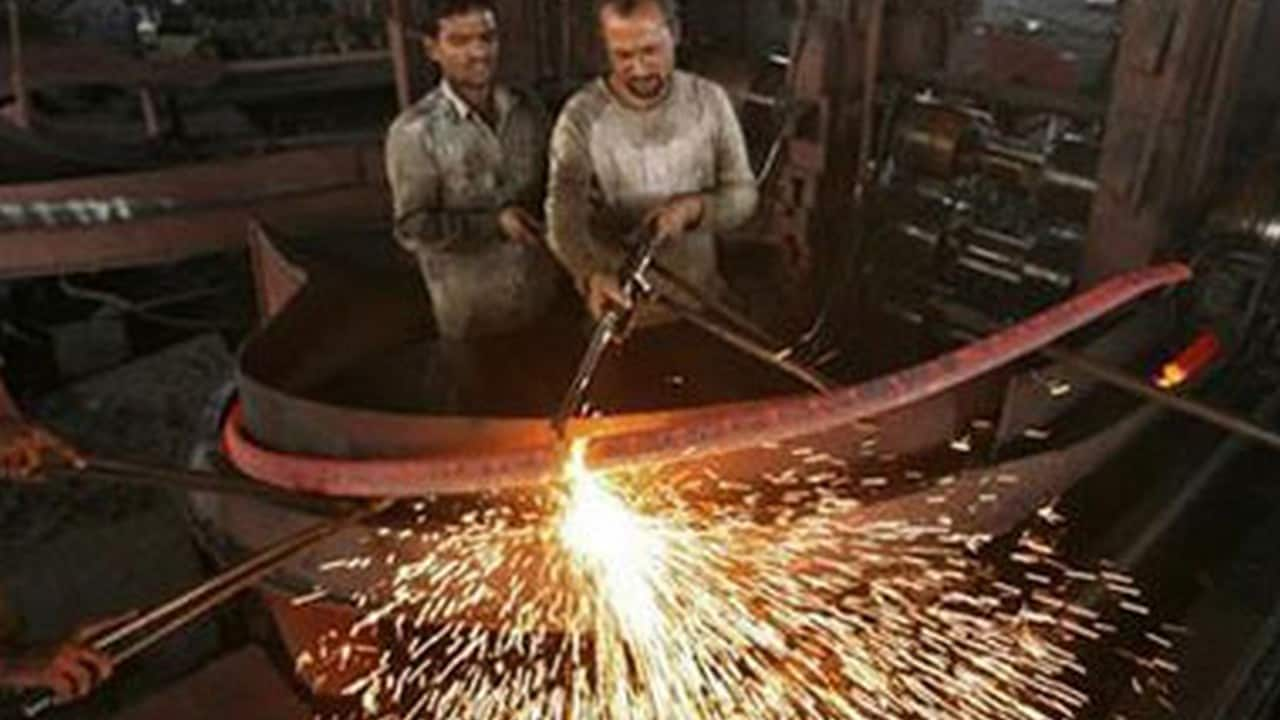 IIP contracts for second consecutive month: Economy goes into a tailspin; $5 tn target is distant dream... - Firstpost thumbnail