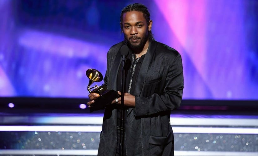 Kendrick Lamar wins the Grammy for Best Rap Album/Image from Twitter.