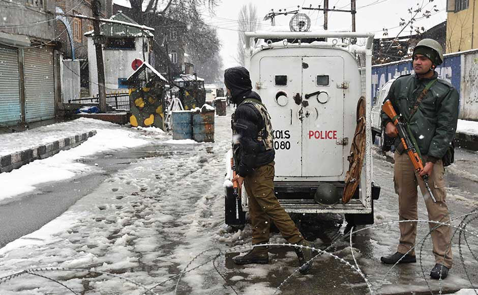 The CRPF camp was located very close to SMHS Hospital from where Lashkar-e-Taiba militant Naveed Jutt alias Abu Hunzala was freed from police custody by terrorists. Firstpost/Sameer Mushtaq