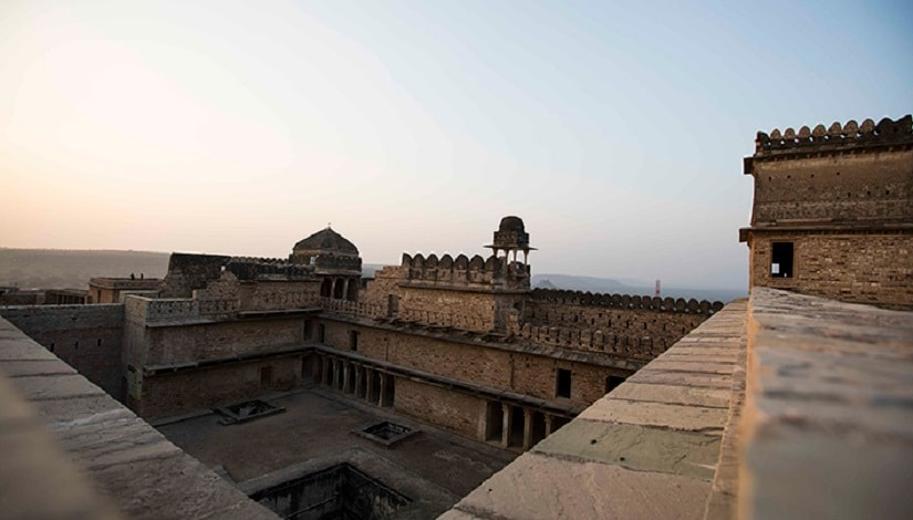 Chanderi Fort. Image courtesy mptourism.com