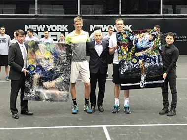Kevin Anderson (L) beat Sam Querrey to win only his fourth ATP career title. Image courtesy: Twitter @NewYorkOpen