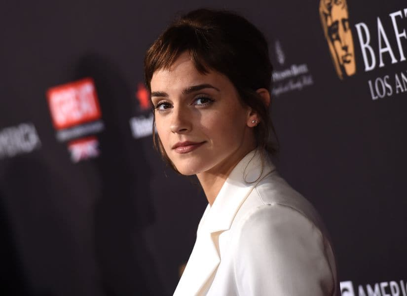 Actress Emma Watson arrives for the BAFTA Los Angeles Awards Season Tea Party at the Four Season Hotel in Beverly Hills, California, on January 6, 2018. / AFP PHOTO / CHRIS DELMAS