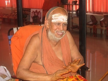 Jayendra Saraswathi dies at 82; updates: Final rites of Kanchi seer tomorrow at 8 am; tributes pouring in