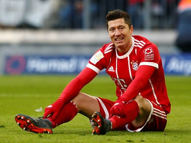 Soccer Football - Bundesliga - Bayern Munich vs Hertha BSC - Allianz Arena, Munich, Germany - February 24, 2018 Bayern Munich's Robert Lewandowski reacts after missing a chance to score REUTERS/Michaela Rehle DFL RULES TO LIMIT THE ONLINE USAGE DURING MATCH TIME TO 15 PICTURES PER GAME. IMAGE SEQUENCES TO SIMULATE VIDEO IS NOT ALLOWED AT ANY TIME. FOR FURTHER QUERIES PLEASE CONTACT DFL DIRECTLY AT + 49 69 650050 - RC1BF9D7FBF0