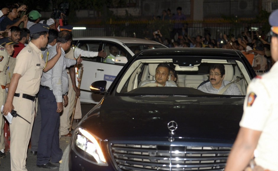 The Embraer jet, owned by industrialist Anil Ambani, landed in Mumbai around 9.30 pm and the cremation is scheduled around 3.30 pm on Wednesday. Ambani, wife Tina and Anil Kapoor were among those at the airport when the plane landed. PTI