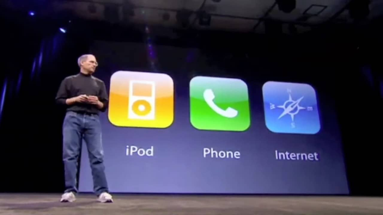 Steve Jobs at iPhone launch in 2007. YouTube/superapple4ever