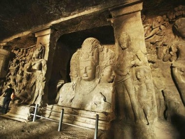 Elephanta Island gets electricity 70 years after independence with laying of Indias longest undersea power cable