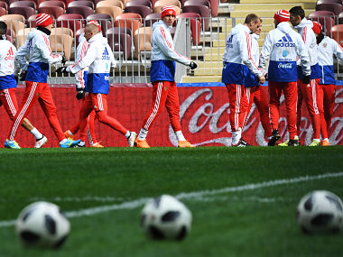 Russia's forward Fyodor Smolov (C) takes part in a training session at the Luzhniki stadium in Moscow. AFP
