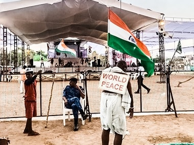Anna Hazare's Delhi agitation sees sparse crowds as tripartite nature of demands dilutes movement
