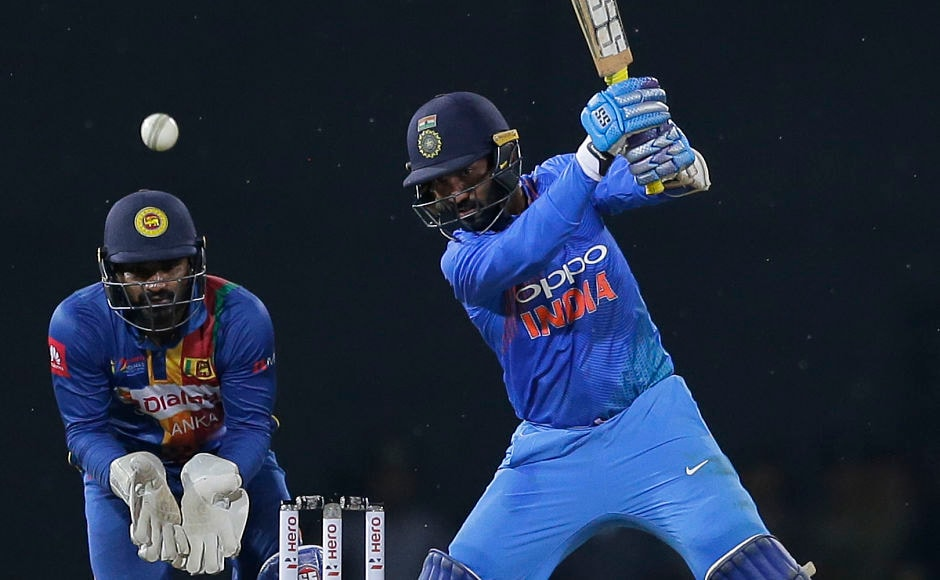 With the help of five boundaries Dinesh Karthik smashed a quickfire 39 off 25 balls. AP