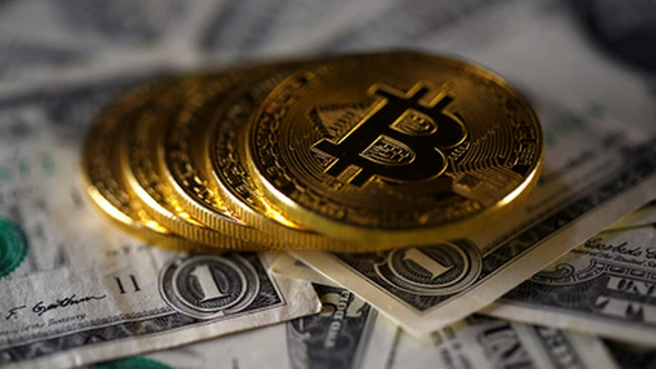 Bitcoin valuation rises sharply to gain ,400 as a result of heavy buying