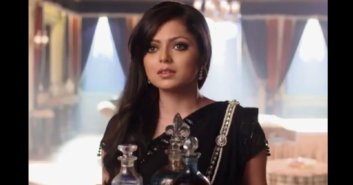 TV actress Drashti Dhami files complaint against producer of