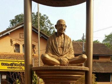 Miscreant tried to damage Gandhi statue in Kannur. News18