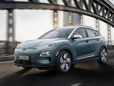 The Hyundai Kona Electric is characterised by its distinctive high-contrast fender cladding.