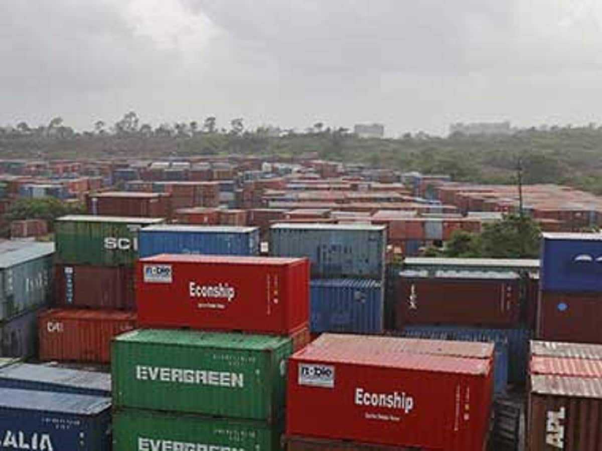 Commerce Ministry Focusing on 9 Sectors to Boost Exports; Eyes 16% Growth this Fiscal