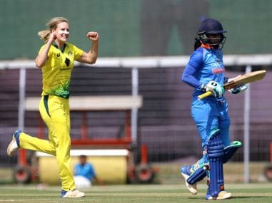 Mithali Raj walks off the pitch after being dismissed in the 2nd ODI. Image courtesy: Twitter @SouthernStars