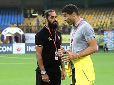 Sandesh Jhingan of Kerala Blasters FC and Kerala Blasters FC coach David James before the start of the match 54 of the Hero Indian Super League between Kerala Blasters FC and FC Goa held at the Jawaharlal Nehru Stadium, Kochi India on the 21st January 2018 Photo by: Vipin Pawar / ISL / SPORTZPICS