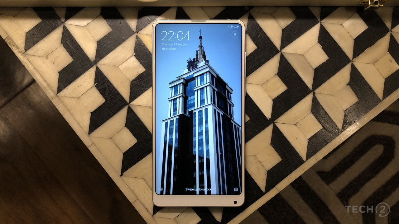 The front face of the Xiaomi Mi Mix 2S remains the same with the camera at the bottom chin.