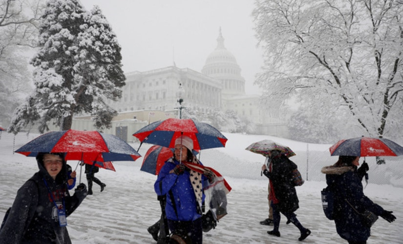 Spring snow storm Toby slams US Northeast, thousands of flights canceled, schools shut