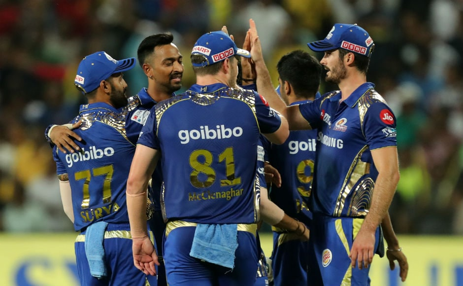 Mumbai Indians bowled first and removed the dangerous Shane Watson for only 12 runs. Ambati Rayudu and Suresh Raina were building a good partnership, but Krunal Pandya came to Mumbai's rescue as he took the wicket of Rayudu. Sportzpics