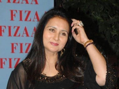 Poonam Dhillon to make comeback after five-year-hiatus with Luv Ranjan's Blame It On Sanjog