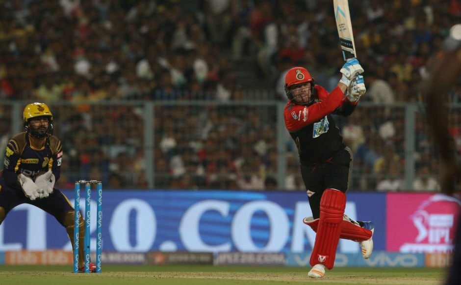 Brendon McCullum smacked 43 off 27 on his debut for Royal Challengers Bangalore Sportzpics