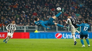 Cristiano Ronaldo S Stunning Overhead Bicycle Kick Against Juventus Voted Uefa S Goal Of The Season Sports News Firstpost