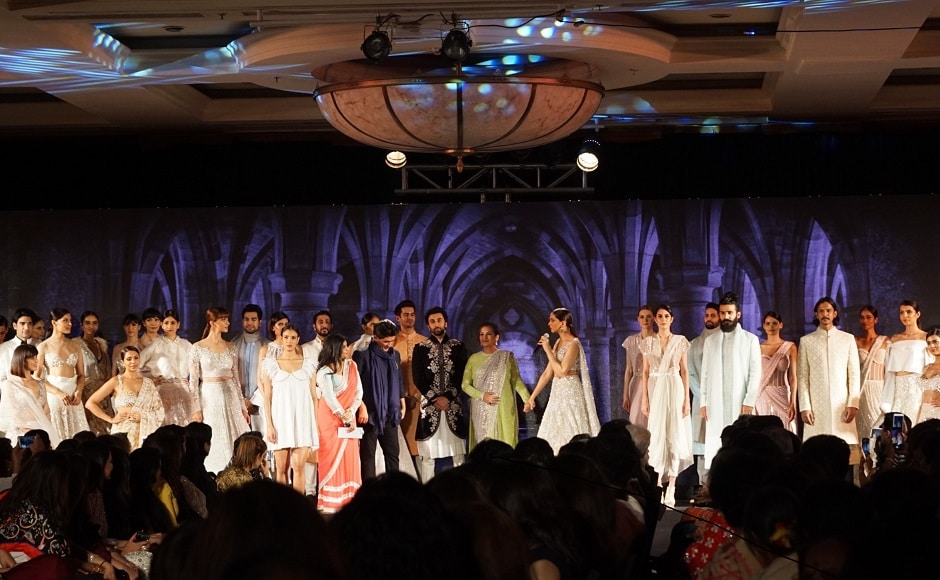 Organized by Mijwan Welfare Society, in the presence of veteran actress Shabana Azmi, the fashion show was graced by many celebrated personalities of the film industry.