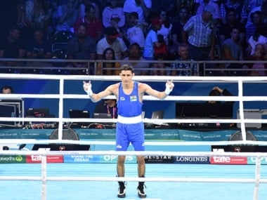 Commonwealth Games 2018: Veteran MC Mary Kom, young Gaurav Solanki claim boxing gold medals