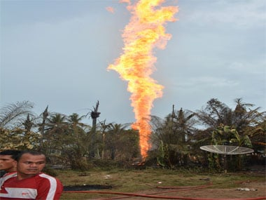 Newly-drilled, unregulated oil well in Indonesias Aceh province explodes into flames; 15 killed and 40 injured