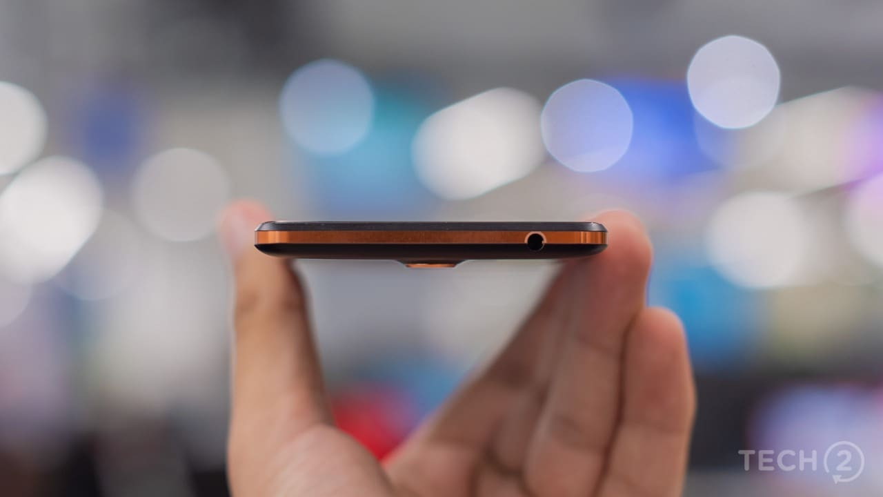 There's a 3.5 mm headphone jack at the top end. Image: tech2/Rehan Hooda
