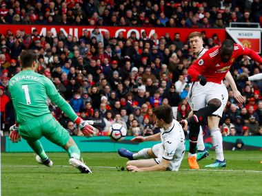 Premier League: Romelu Lukaku, Alexis Sanchez strike in Manchester United's 2-0 win; Liverpool beat Crystal Palace