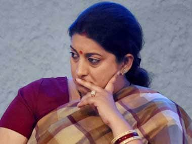 After aide's death, Smriti Irani urges BJP workers to exercise restraint, attacks Rahul Gandhi over Amethi remark