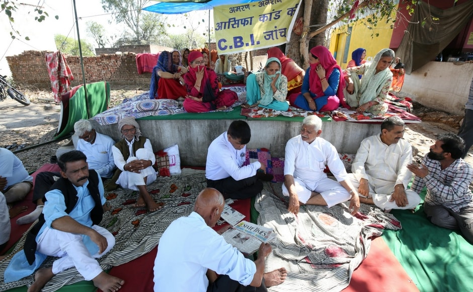 Villagers in Kathua sat on a hunger strike demanding a CBI probe into the rape and murder of the eight-year-old girl in the district. Reuters