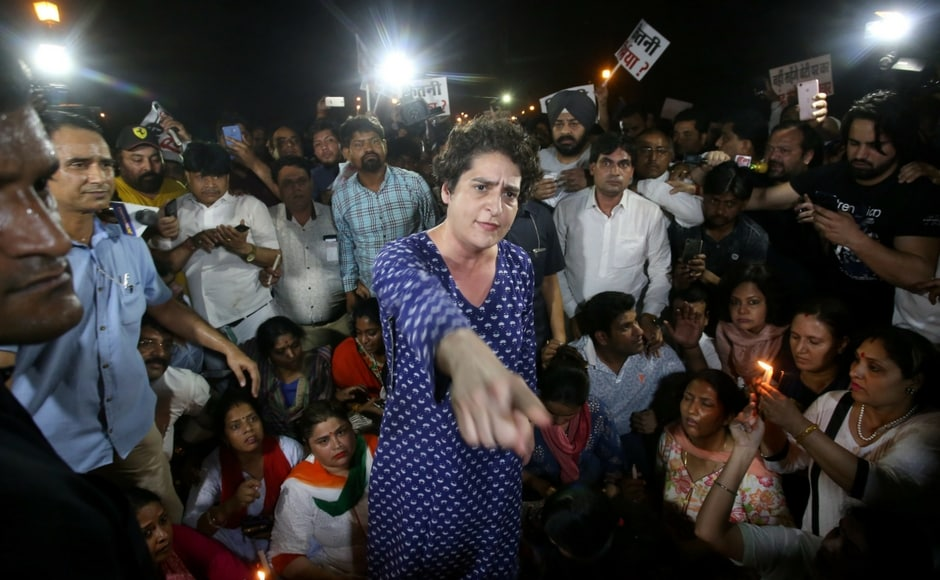 Several people had brought their children as well, but at times, the crowd appeared to be getting out of control. Priyanka Vadra was shoved by some, prompting her to ask people to maintain calm and remember the