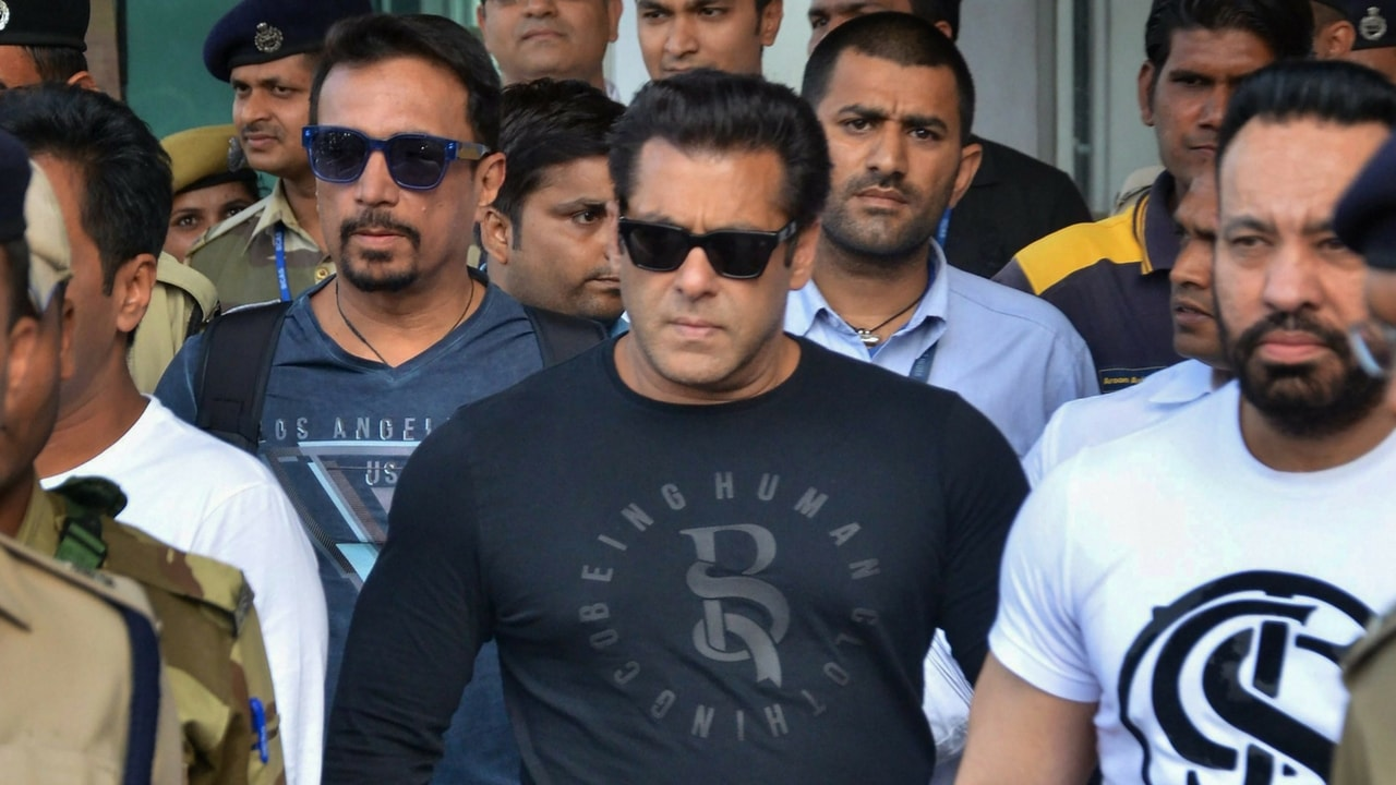 File image of Salman Khan arriving at Jodhpur court
