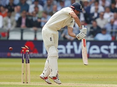 England vs Pakistan: Joe Root and Co continue to suffer from batting woes, get bowled out for 184 on Day 1