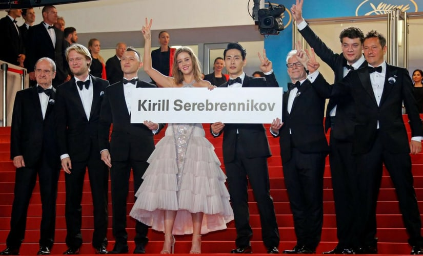 Cast of Leto protesting on behalf of Kirill Serebrennikov/Image from Twitter.