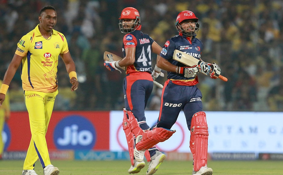 Shreyas Iyer and Rishabh Pant stitched a 54-run stand after Delhi Daredevils lost Prithvi Shaw cheaply. Sportzpics