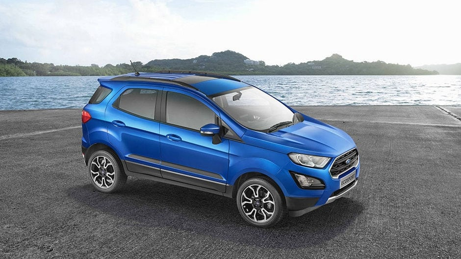 Ford Ecosport S comes with Sunroof.