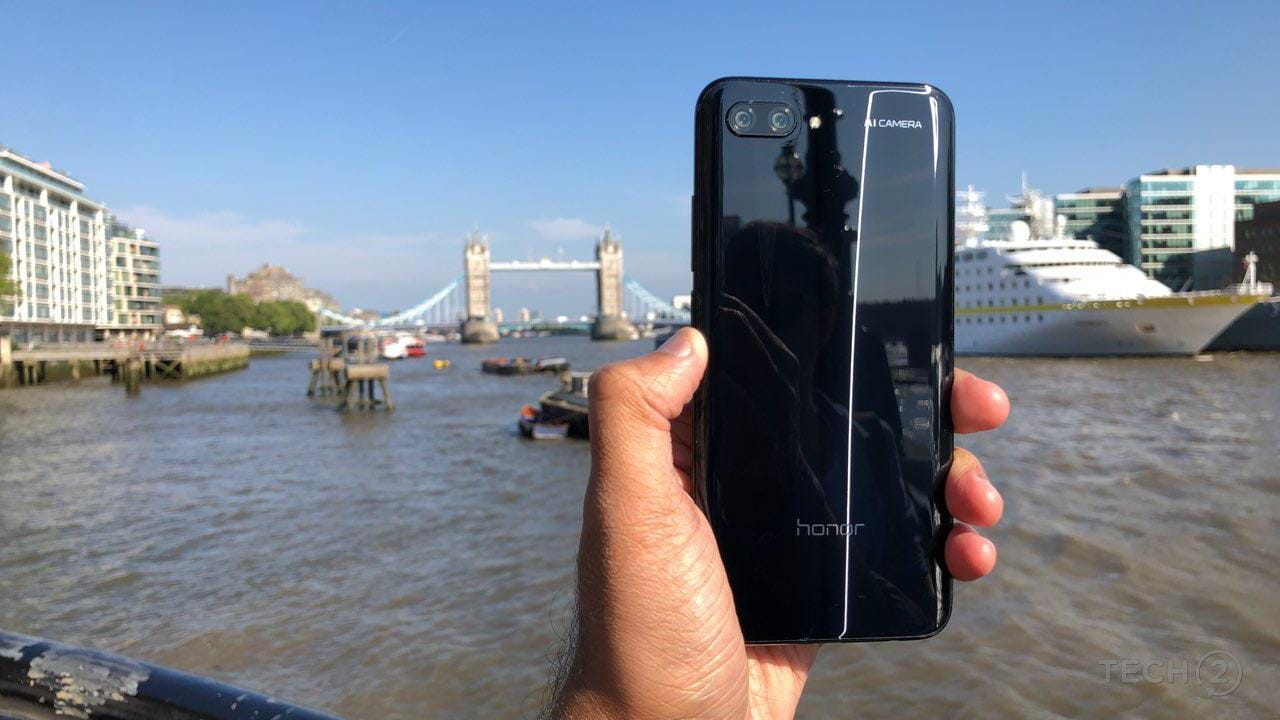 Honor 10. Image: tech2/ Nimish Sawant
