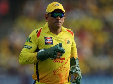 IPL 2018: Icy-cool MS Dhoni carries Chennai Super Kings' hopes against Sunrisers Hyderabad in midsummer Mumbai heat