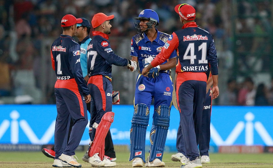 Delhi Daredevils spoil Mumbai Indians' qualification party; Kings XI Punjab fall short against Chennai Super Kings