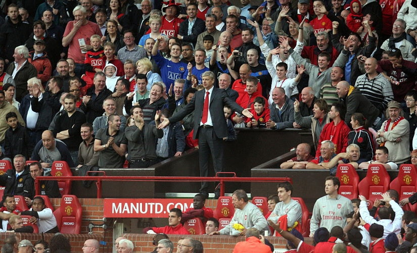 Football - Manchester United v Arsenal Barclays Premier League - Old Trafford - 09/10 - 29/8/09 Arsenal manager Arsene Wenger is sent to the stands after kicking a bottle Mandatory Credit: Action Images / Carl Recine Livepic NO ONLINE/INTERNET USE WITHOUT A LICENCE FROM THE FOOTBALL DATA CO LTD. FOR LICENCE ENQUIRIES PLEASE TELEPHONE +44 (0) 207 864 9000. - MT1ACI6292492