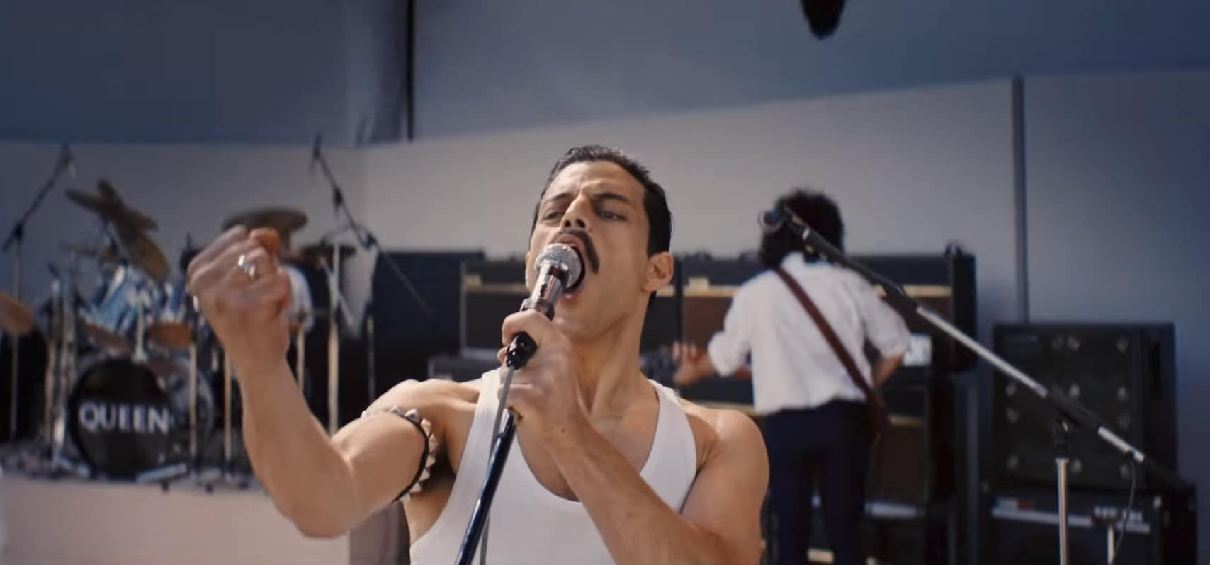 queen bohemian rhapsody analysis Freddie conjures up gripping imagery in the march of the black queen, which fans argue is a masterpiece that rivals bohemian rhapsody because of the mood changes, lyrics and the struggle of the central character is so compelling.