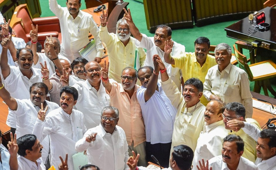 JD(S) leader HD Kumaraswamy and party MLAs show victory sign to celebrate after Karnataka chief minister BS Yeddyurappa announces his resignation before the floor test. The Supreme Court had ordered the Karnataka BJP Government to prove their majority in a floor test at the Assembly. PTI