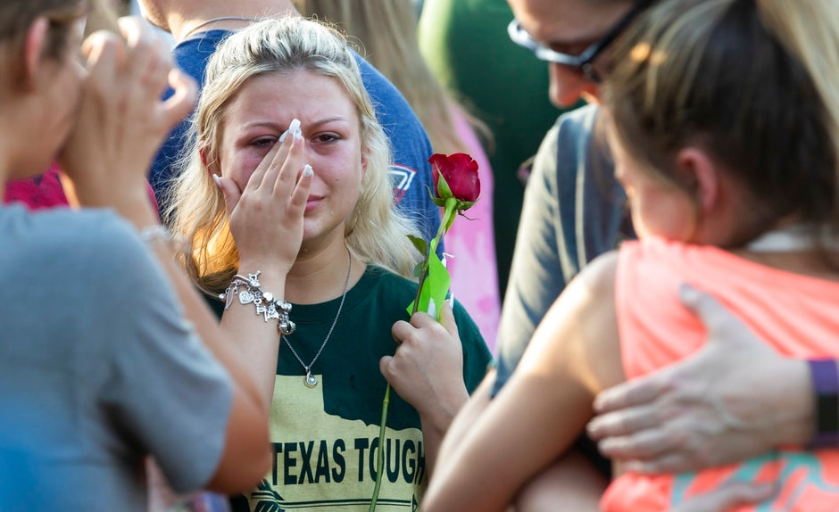Texas school shooting: America calls for stricter gun laws after 10 die in latest shootout
