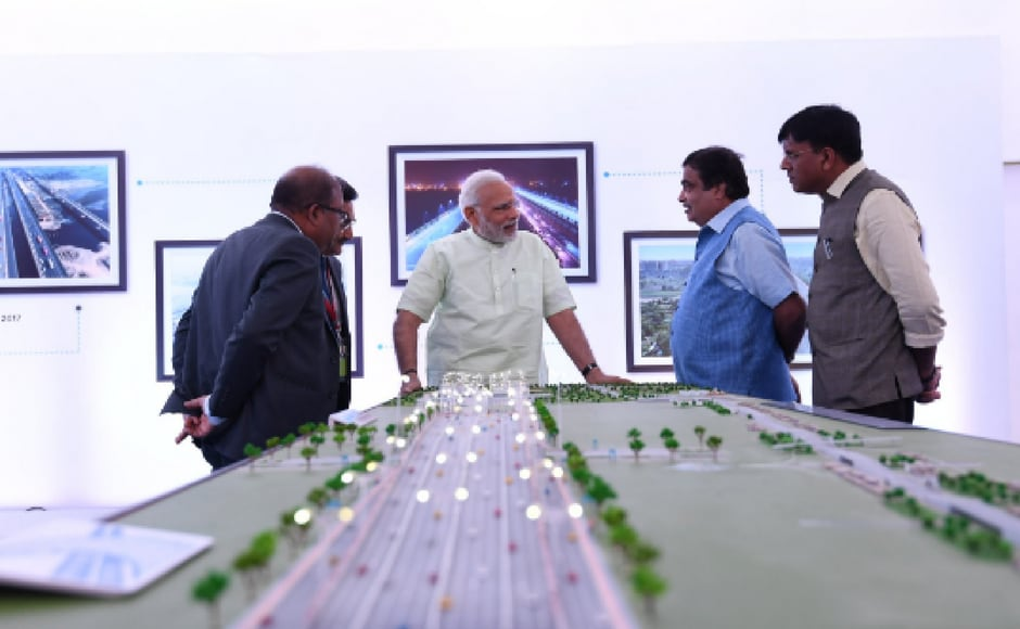 Modi, along with Transport and Highway Minister Nitin Gadkari, visited an exhibition to review progress of Delhi-Meerut Expressway. Twitter@PIB